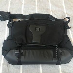 Tumi Tech laptop shoulder bag